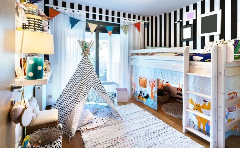 organize and manage kid bedroom